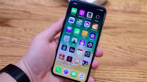 Apple says fix coming soon for latest iPhone crash bug