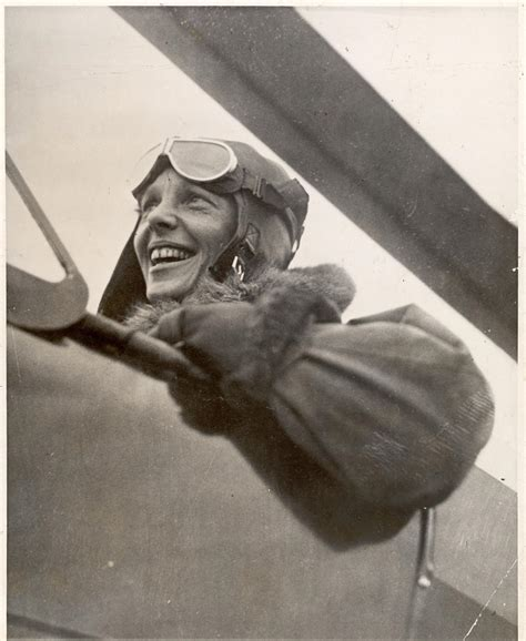 Amelia Earhart's 1935 Story on Becoming First to Fly From