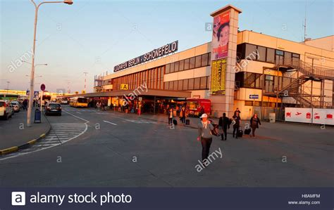 Flughafen High Resolution Stock Photography and Images - Alamy