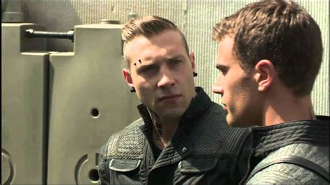 Divergent Featurette - Interviews and Behind the Scenes