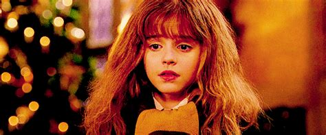 This is why Hermione only wore fake teeth in one scene of