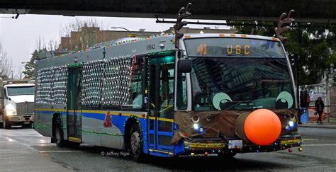 Rudolph the red-nosed bus: TransLink's Christmas bus