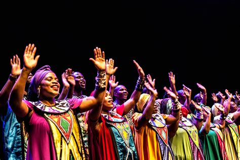 Soweto Gospel Choir - Songs of the Free In Honor of Nelson